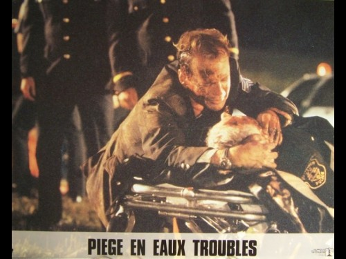PIEGE EN EAUX TROUBLES - STRIKING DISTANCE