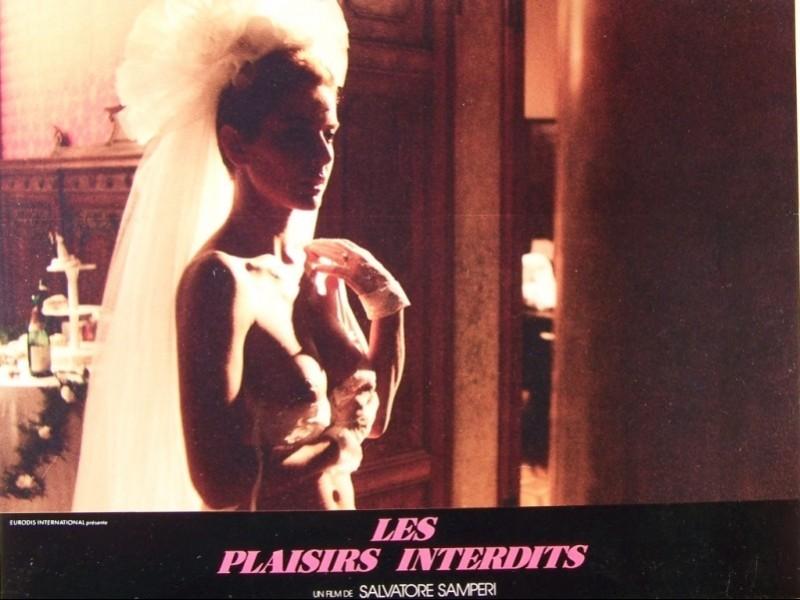 Photo du film PLAISIRS INTERDITS (LES) - FOTOGRAFANDO PATRIZIA