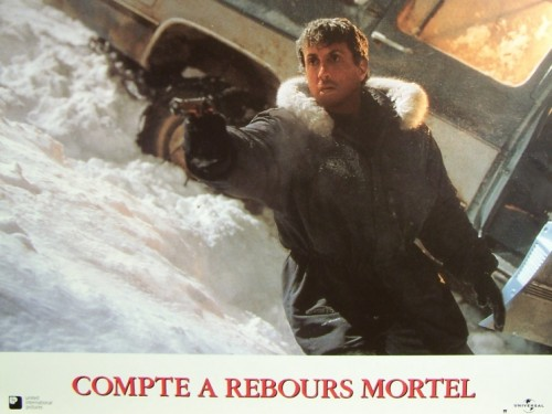 COMPTE A REBOURS MORTEL - Titre original : D-TOX -LOT DE PHOTOS