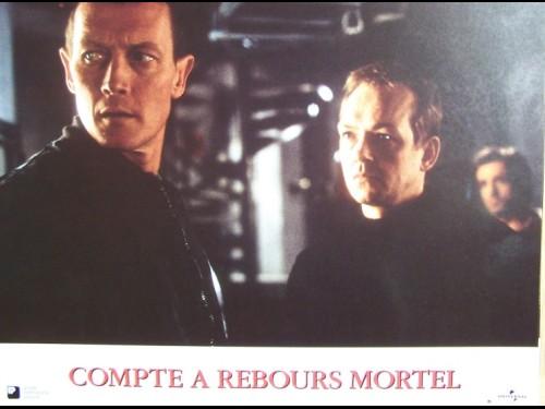 COMPTE A REBOURS MORTEL - Titre original : D-TOX -