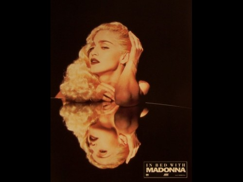 IN BED WHITH MADONNA - TRUTH OR DARE: IN BED WITH MADONNA