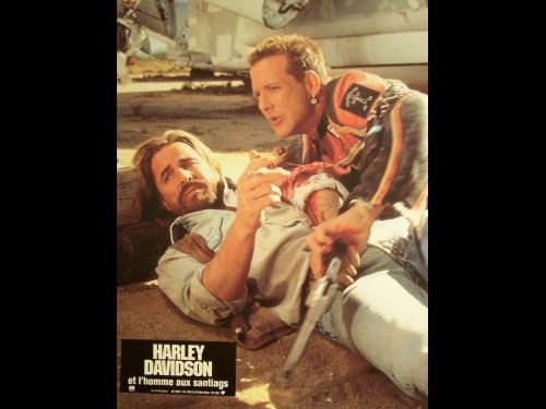 HARLEY DAVIDSON ET L'HOMME AUX SANTIAGS - LOT PHOTOS - Titre original : HARLEY DAVIDSON AND THE MALBORO MAN