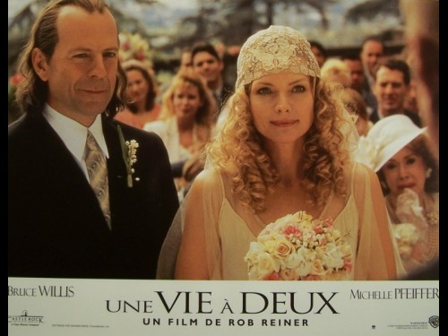 VIE A DEUX (UNE) - THE STORY OF US