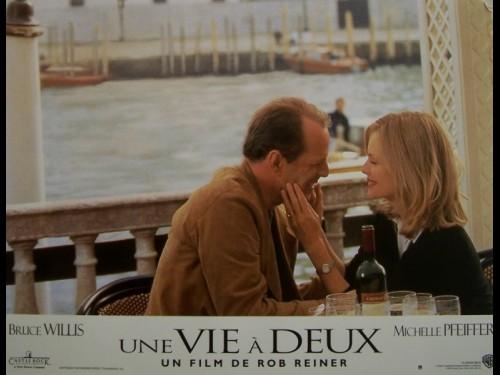 VIE A DEUX (UNE) - THE STORY OF US