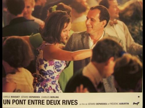 PONT ENTRE DEUX RIVES (UN)