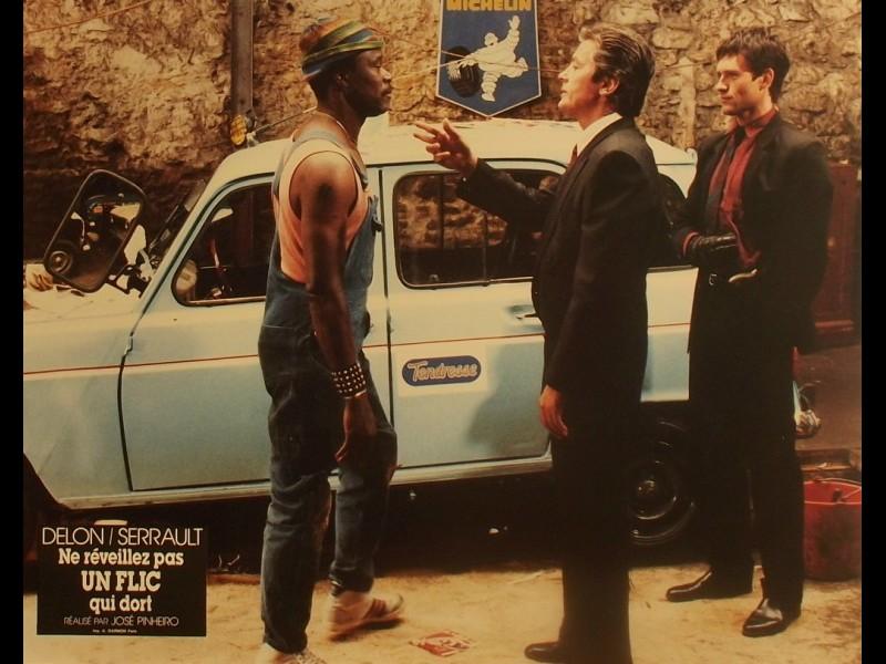 Photo du film NE REVEILLEZ PAS UN FLIC QUI DORT
