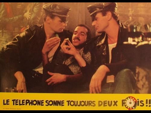 TELEPHONE SONNE TOUJOURS DEUX FOIS (LE)