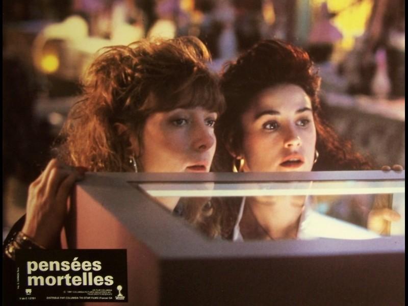 Photo du film PENSÉES MORTELLES - MORTAL THOUGHTS