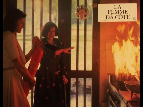 FEMME D'A COTÉ (LA)