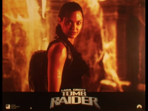 TOM RAIDER LARA CROFT