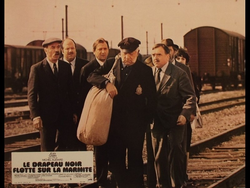 Photo du film DRAPEAU NOIR FLOTTE SUR LA MARMITE (LE)