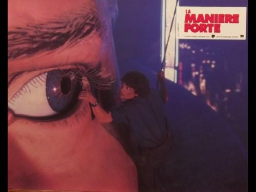 MANIÈRE FORTE (LA) - THE HARD WAY